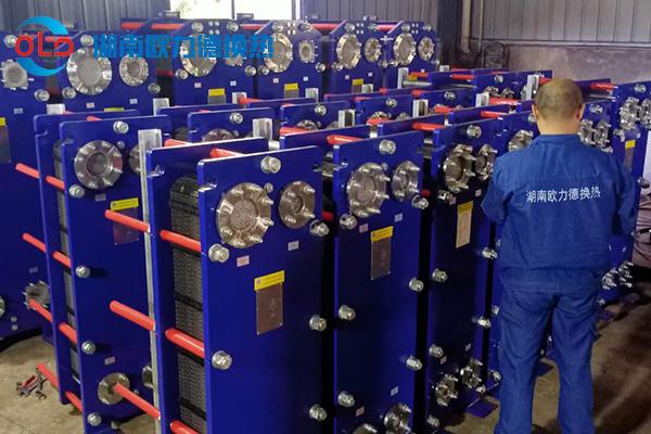 20多台板式冷凝器用于江西某药业集团
