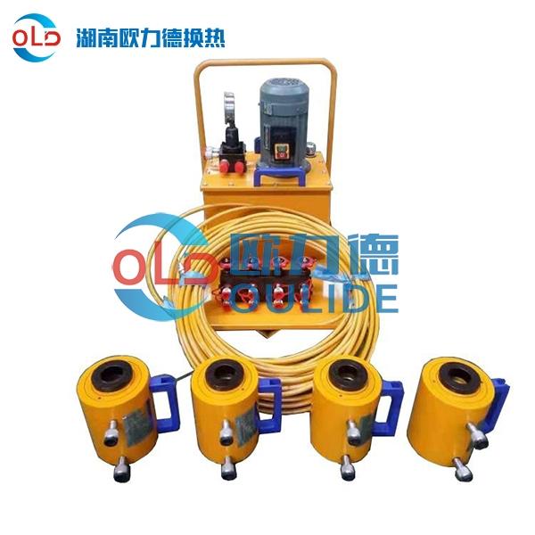 板式换热器螺杆夹紧器